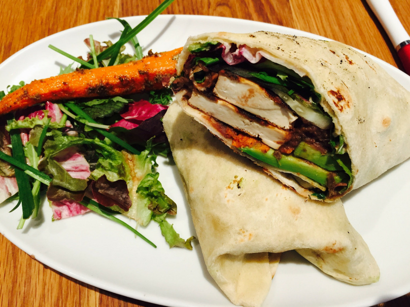 Halloumi wrap with carrot salad