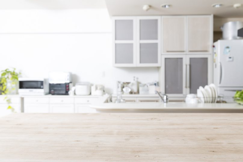 A look at a white, clean kitchen