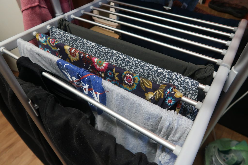 Dry:Soon 3-Tier Heated Tower Airer - A look at the shelves when open and loaded with washing