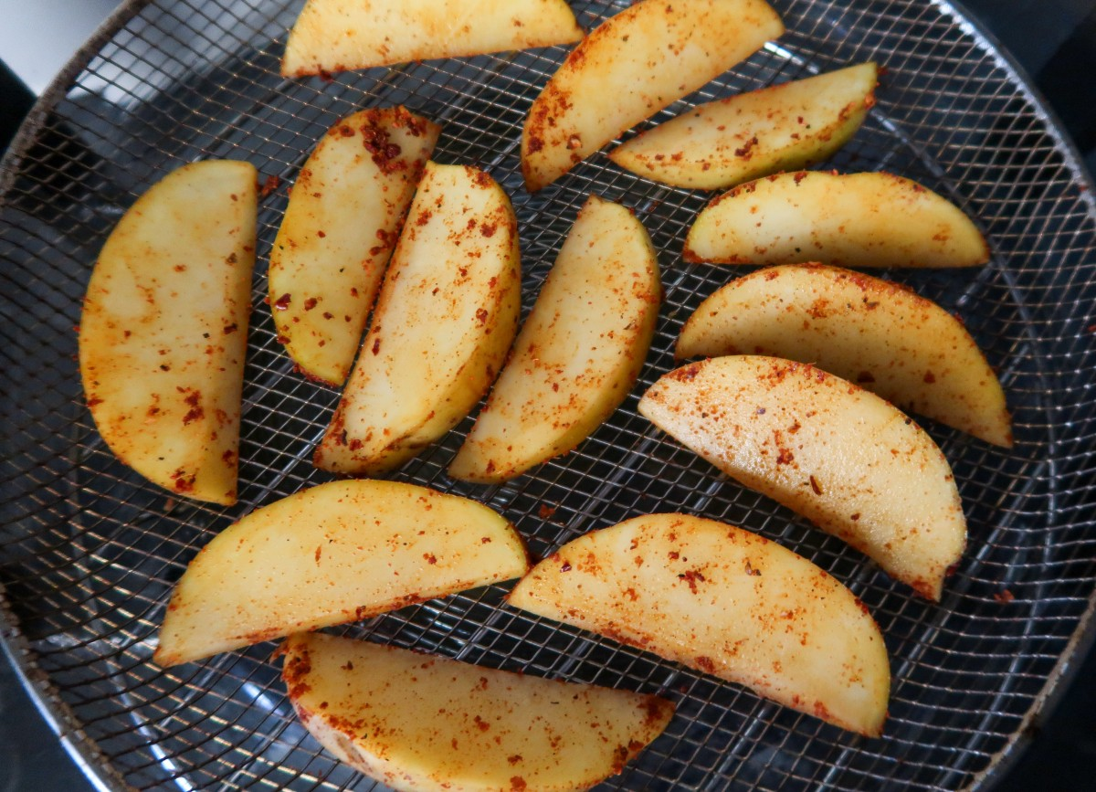 Air fryer potato wedges with coating
