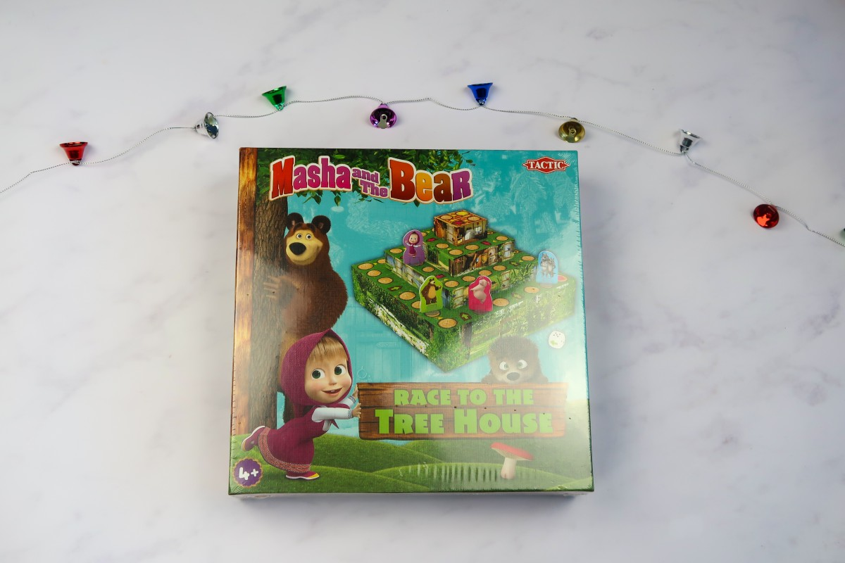 Christmas gifts for children - Masha and the Bear race to the treehouse