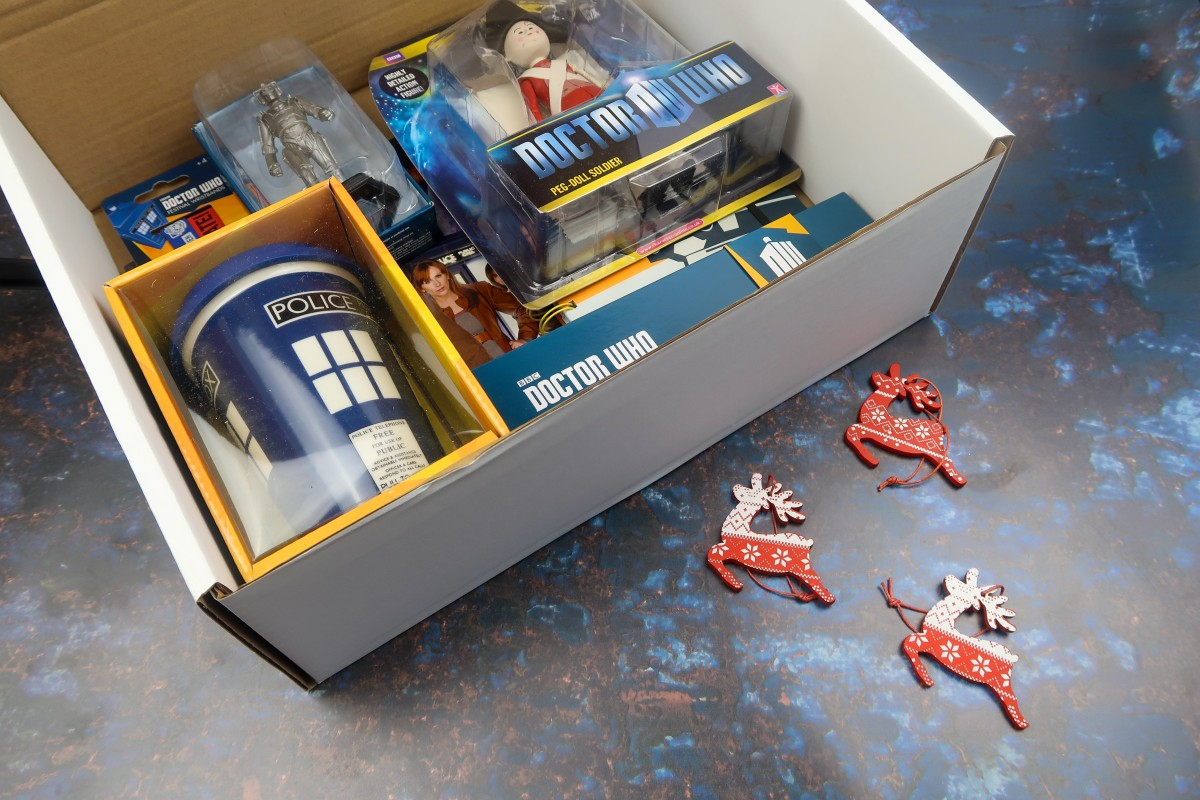 Christmas gifts for parents - Doctor Who Mystery Box