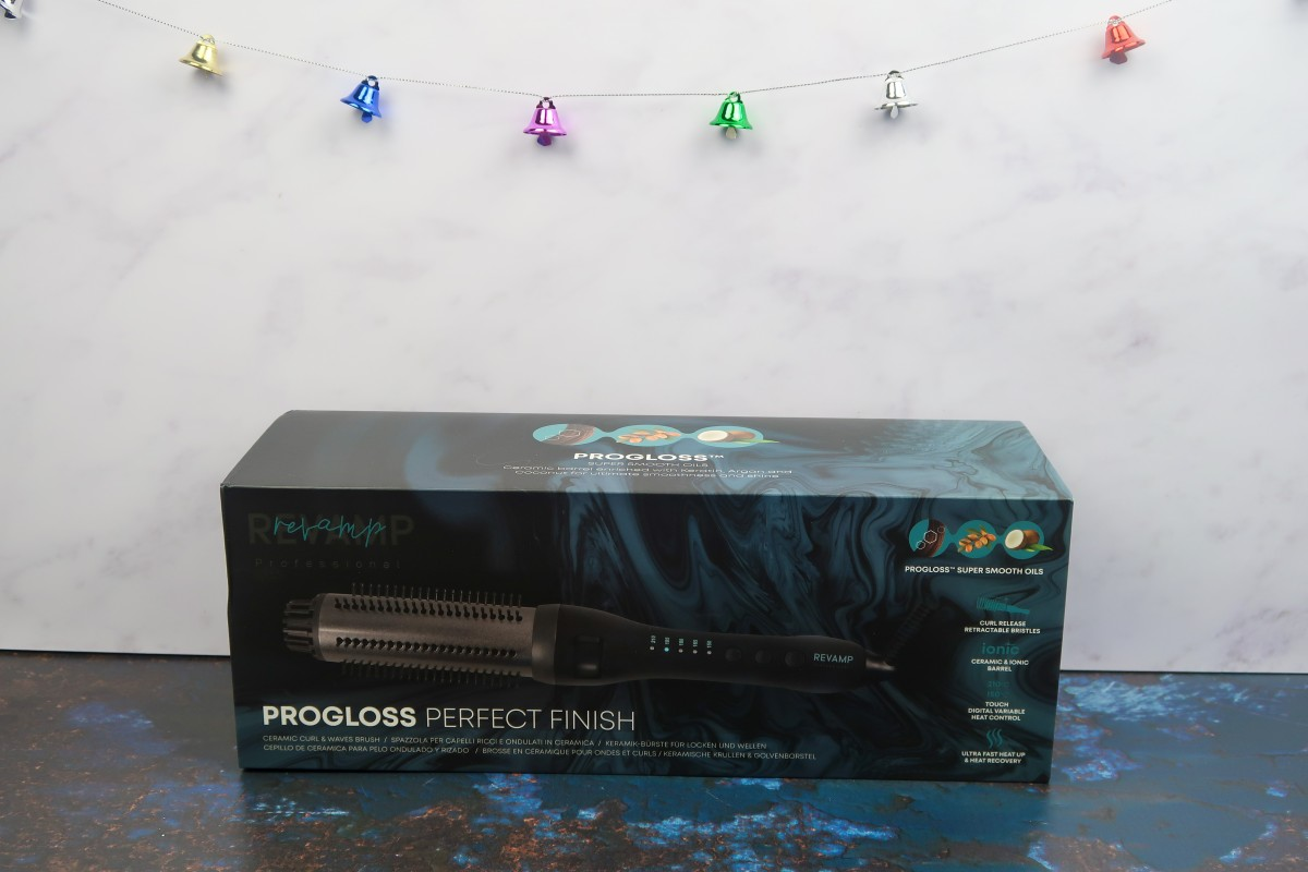 Christmas gifts for parents - Progloss Perfect Finish
