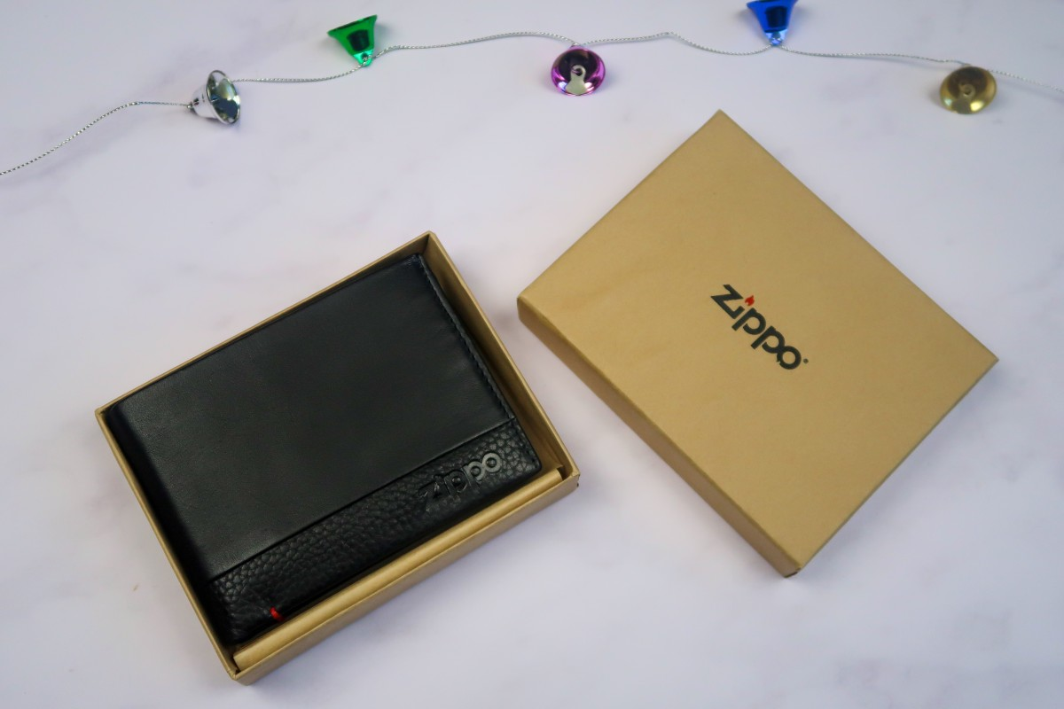 Christmas gifts for parents - Zippo wallet