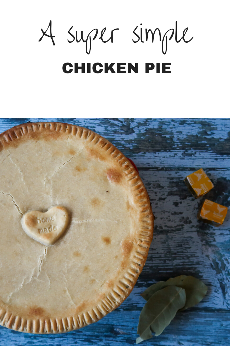 An easy chicken pie recipe! Super simple, frugal, a chicken pot pie made with soup! #Chicken #Soup #ChickenRecipes #ChickenPie #Leftover #LoveYourLeftovers #RoastDinner #RoastChicken