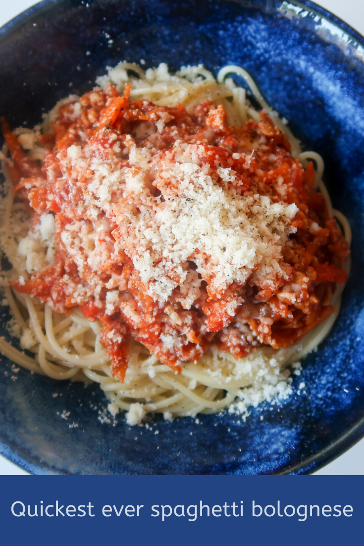 Quickest ever spaghetti bolognese - frugal, delicious, simple and quick to make! #FrugalFood #SpaghettiBolognese #PastaRecipes #PastaDishes #Bolognese #FrugalEats #CheapEats #15MinuteMeals #15Minutes #WhatsForDinner