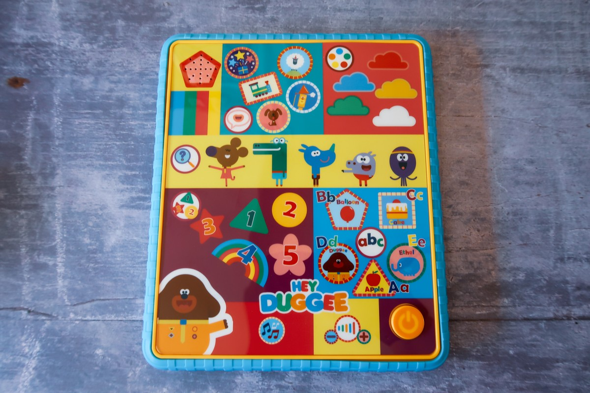 Hey Duggee Smart Tablet with bright colourful buttons with characters, numbers, letters and games to play