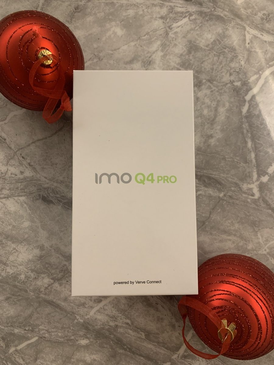 IMO Q4 Pro Phone Box with baubles