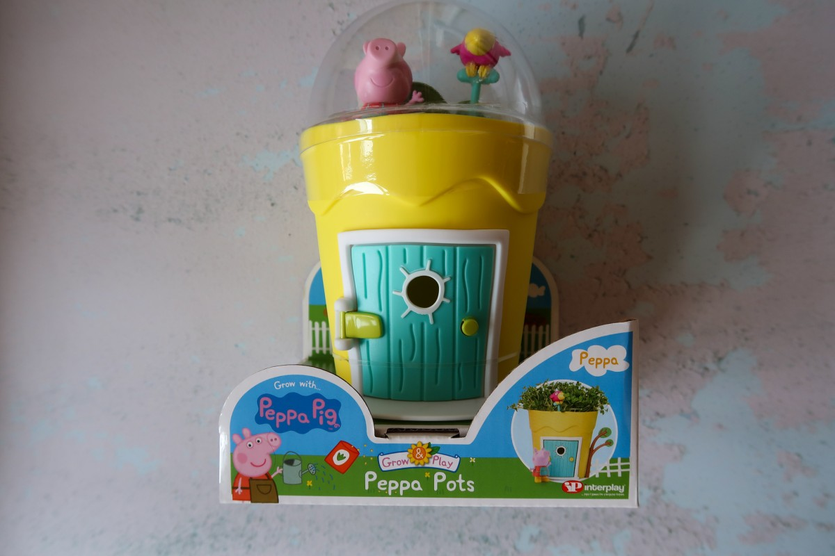 Peppa Pig Grow & Play Peppa Pots - a toy where you can grow real herbs