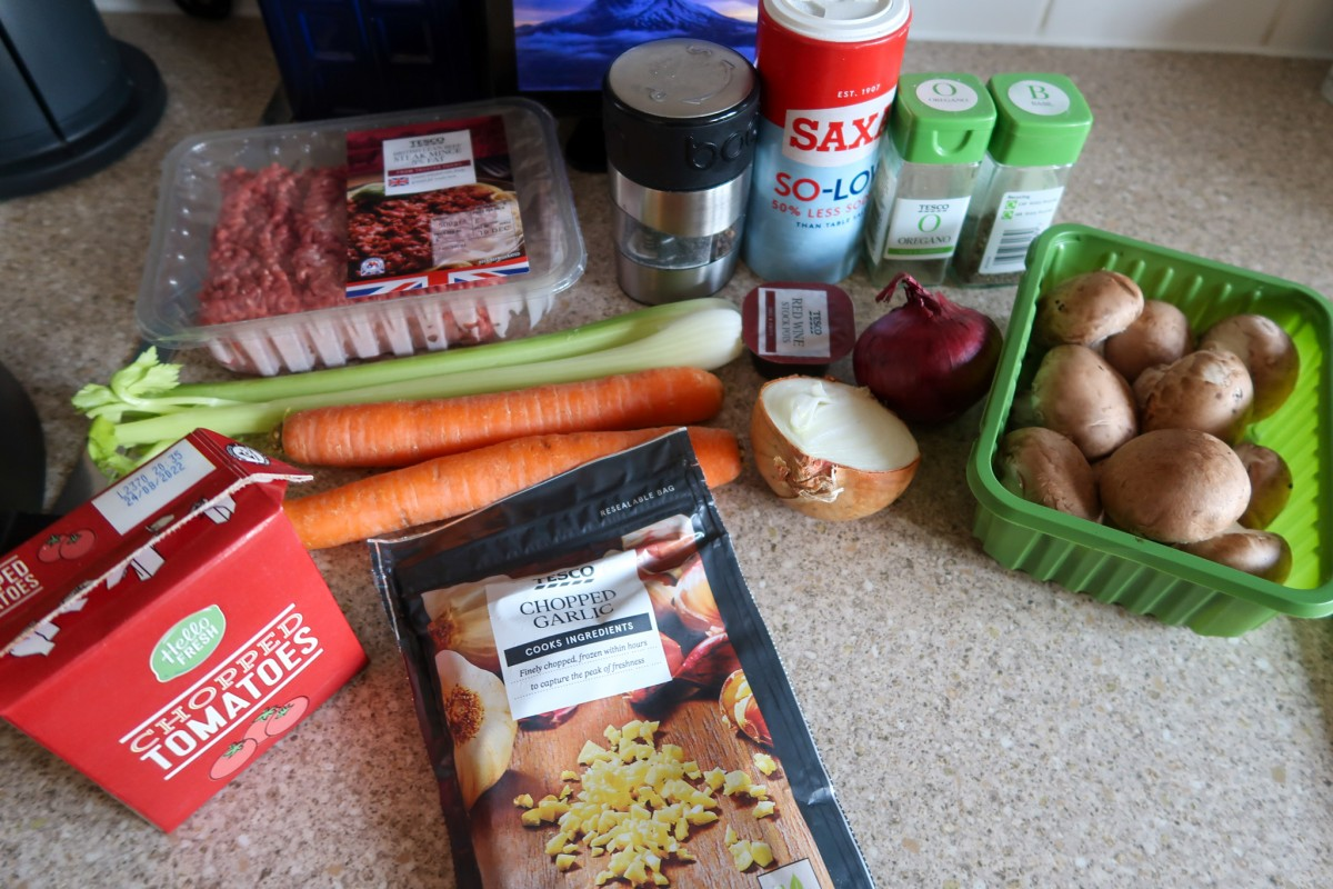 Ingredients for slow cooker spaghetti bolognese